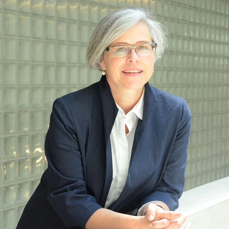 Portraitfoto Botschafterin Barbara Kohlstock