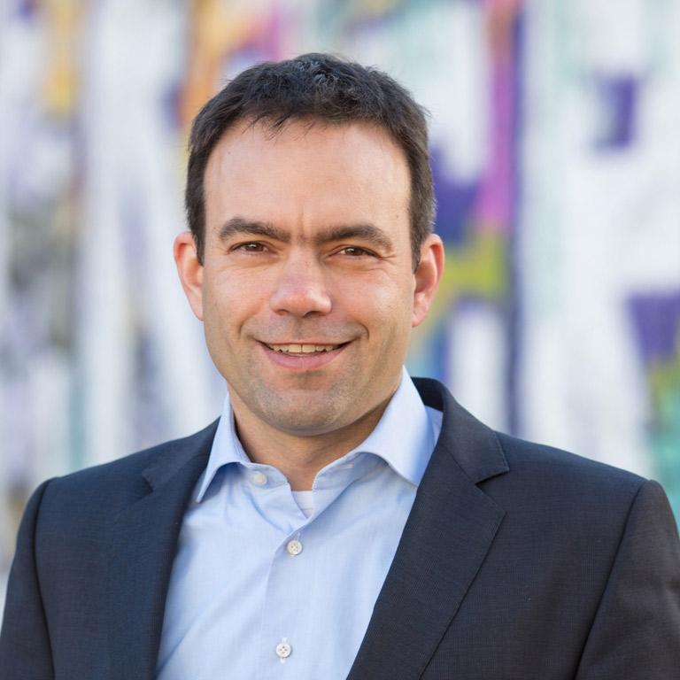 Portraitfoto Botschafter Thomas Iten
